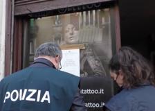 Prostituzione in centro tattoo,  il sopralluogo della polizia