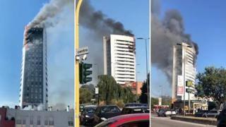Il video dell'incendio a Milano, nel palazzo di via Antonini