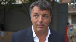 Elezioni Milano, Renzi: «M5s 'pietiscono' un posto da Sala ma non ce la faranno»