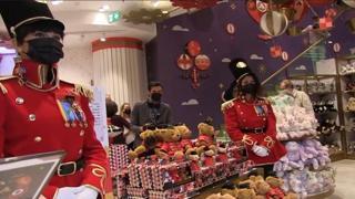 Milano, apre il negozio di giocattoli Fao Schwarz: è il primo in Europa
