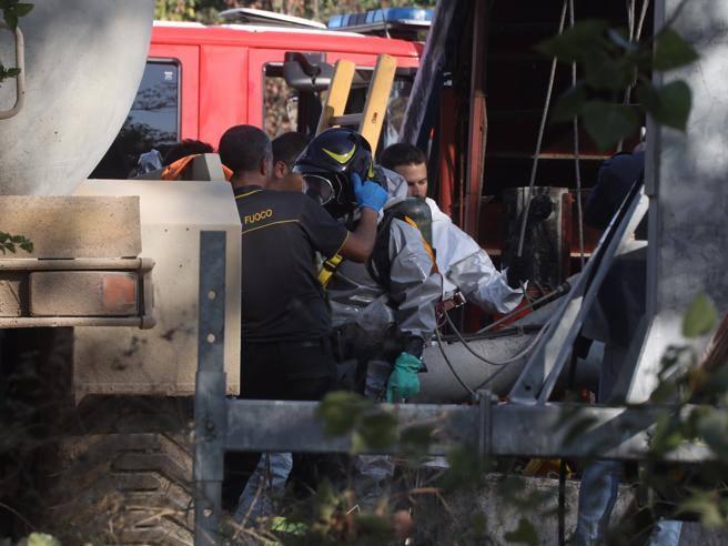 «Annegati cercando di aiutarsi» Così sono morti i 4 lavoratori Prem e Tarsem da operai a titolari