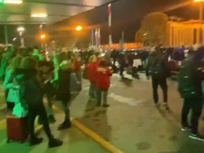 Allarme bomba a Malpensa, evacuato per 20 minuti il Terminal 2